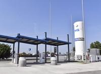 Már Magyarországon is lehet LNG-kútnál tankolni
