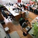 Akkorát pörögnek a netes rendelések, hogy van munkahely, ahol már letiltották az átvételét