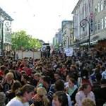 Videó: rendőrökkel csaptak össze egyetemi hallgatók Írországban