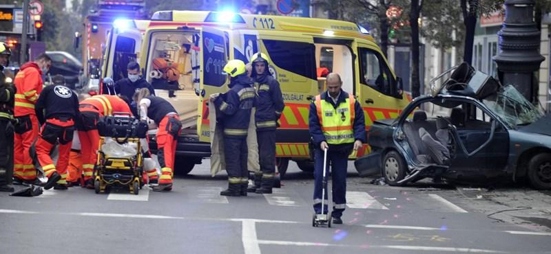 Kiadta a rendőrség a videót a Károly körúti halálos balesetről