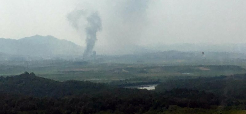 Észak-Korea felrobbantotta a Korea-közi összekötő irodát