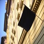 Lépett Balog: legalább még egy évig maradhat a Szinyei igazgatója