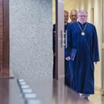Az Alkotmánybíróság akárki kérésére nem ítéli el Handó Tünde trükkjét