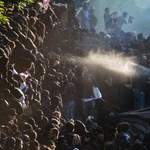 G20: a vezetők elkezdték, a tüntetők folytatják