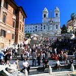 A római Spanyol lépcsőn élvezné az édes életet? Ne tegye!