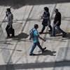 Lassan tér vissza az élet a budapesti plázákba