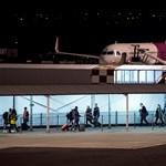 Újabb reptéri szarkákat fogtak - most éppen a vásárlók közül