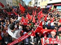 """83 országból 452 """"gülenista"""" kiadását kéri Törökország"""