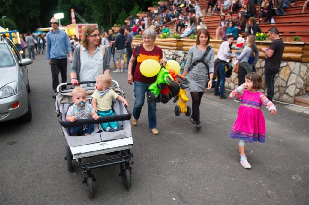 fm.16.07.15. - Bánk: Bánkitó fesztivál - 2.nap - gyermekek a fesztiválon - gyerekbánk