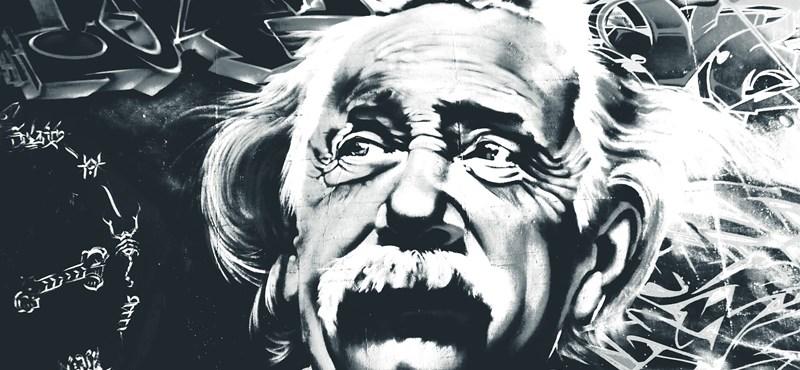 Elővették Einstein legendás, kézzel írt Isten-levelét