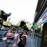 Még egyáltalán nincs vége a boltbezárásoknak?