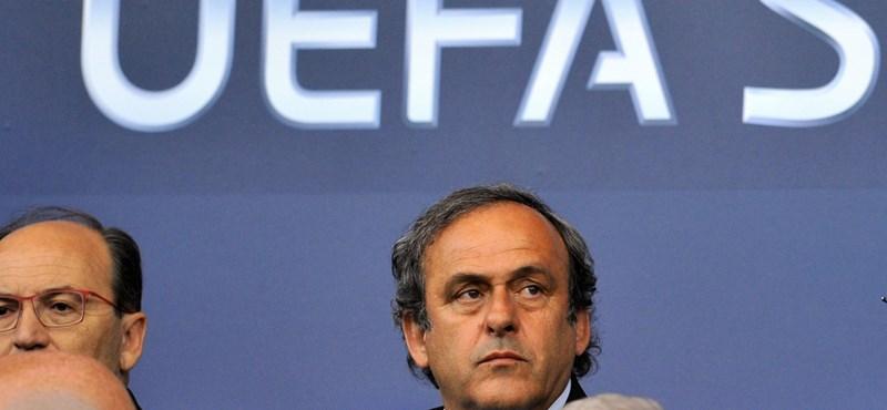 Platini nem megy el a foci-Eb döntőjére