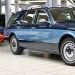 Egészen szokatlan a kombi Rolls-Royce, de létezik és eladó