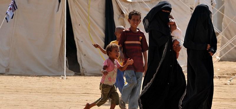 Most először a nők is elmehettek szavazni Szaúd-Arábiában
