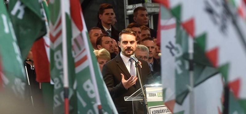 Két helyettese lenne Vona Gábornak, ha ő lenne a miniszterelnök