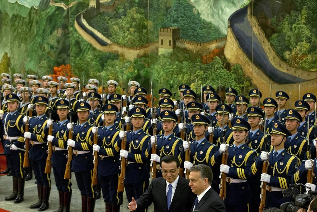 AP_! febr.26-ig_! - 14.02.12. - Orbán Viktor Kínában - Li Ko-csiang kínai kormányfő