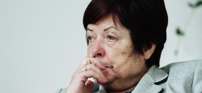 Pálffy Ilona Kárpátalján kampányolt a kvótanépszavazással