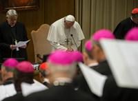 Kitaszítanák a szexuális erőszakért elítélt papokat