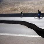 Megnyílt a föld Chilében a földrengés miatt - fotók