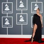 Két Grammy-díjas albumot kalapoztak össze az interneten