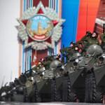 Tömegesen lendülnek az orosz bakancsok  - Nagyítás-fotógaléria