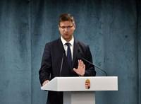 Gulyás: A fertőzöttek száma 500-600 fő körül stagnál Magyarországon
