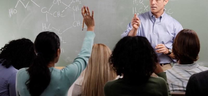 Megmenekülnek a tanárok a 98 százalékos különadótól?
