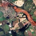 A nap képe: műholdfelvétel a vörösiszap sújtotta térségről