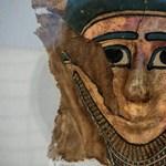 Újra ástak a piramis mellett, mumifikáló műhelyt találtak