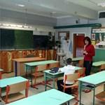 Nincs tömeges igény az iskolák újranyitása iránt a miniszterelnök szerint