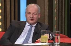 Távozásra szólították fel a járványszabályokat megszegő cseh egészségügyi minisztert