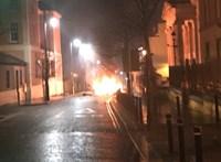 Őrizetbe vettek két embert az észak-írországi robbantás ügyében