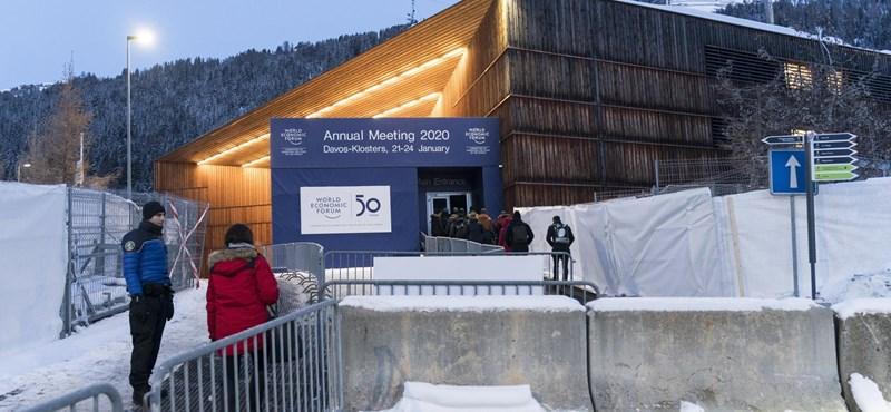 Sokkoló hírek a luxushüttéből: idén Davost is utolérte a klímaváltozás