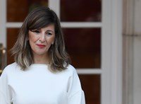 Büszke kommunista a spanyol kormányfőhelyettes