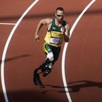 Díszdoktori címet kap a műlábakkal futó olimpikon