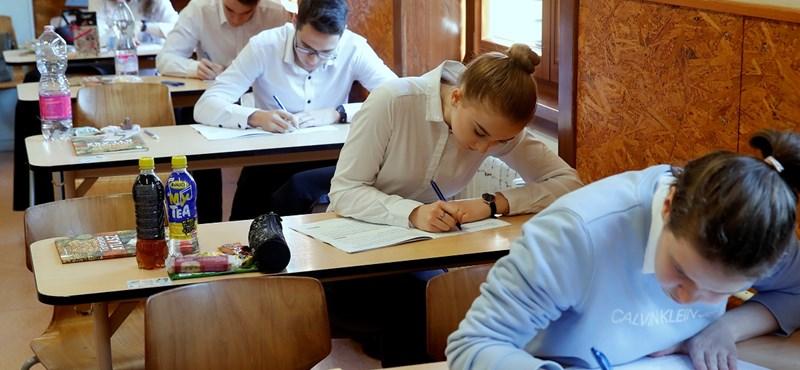 Fontos kérdés: hogyan kell feltölteni az érettségi bizonyítványt?