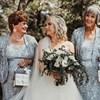 Nagymamákból lettek koszorúslányok egy amerikai esküvőn