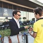 Sofőrszolgálat és szállodaportás egyben – repülővel utazóknak