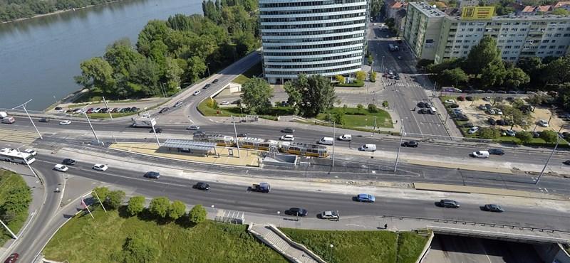 Tömegkarambol történt az Árpád hídnál
