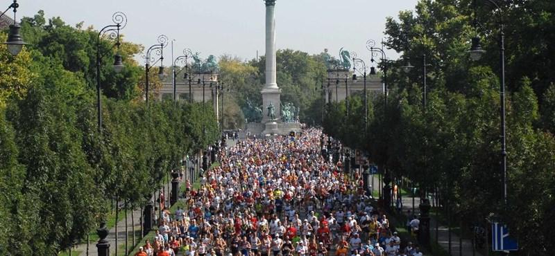 Váltóban színészek is lefutják a Budapest Maratont