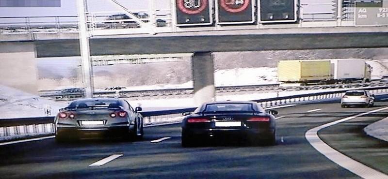 Két fiatal bérelt egy Audi R8-at és egy Nissan GT-R-t, és kimentek bulizni egy kicsit az autópályára