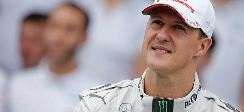 Michael Schumachert titokban átszállították egy párizsi kórházba