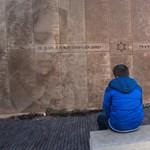 Német nyelvű antiszemita graffiti okozott felháborodást Párizsban