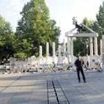 Mazsihisz: Tíz évig ne épüljenek XX. századi emlékművek
