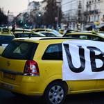 Estére vidéki erősítés érkezhet a tüntető taxisokhoz