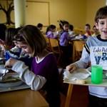 A legszegényebb gyerekek maradnak ki az étkeztetésből