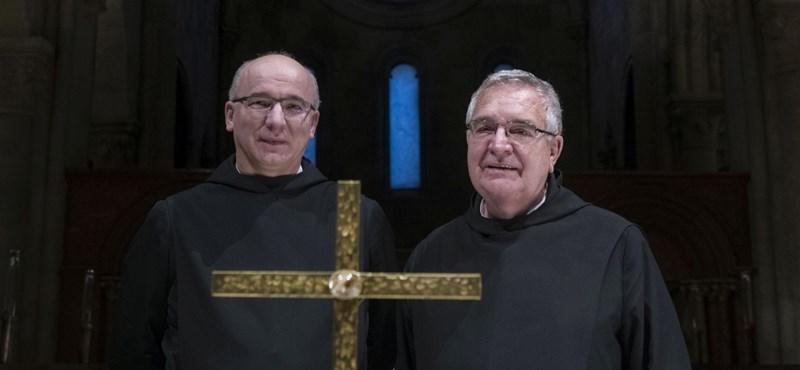 """""""Ahol a támogatásért lojalitást várnak, nehéz helyzetbe kerülhetnek az egyházak"""""""