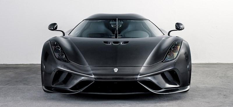 Semmi más már, csak csupasz karbon egy ilyen 600 milliós Koenigsegg