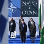 Amerika továbbra is hű a NATO-hoz