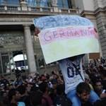 Merkelről saját szövetségese szedte le a keresztvizet a menekültek befogadása miatt